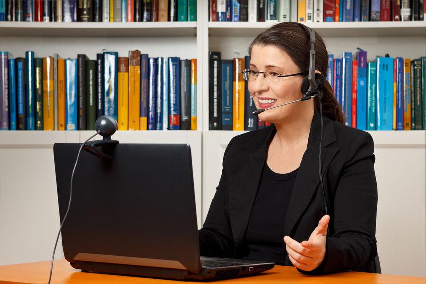 A távtolmácsolás a többnyelvű online konferenciák szerves része!